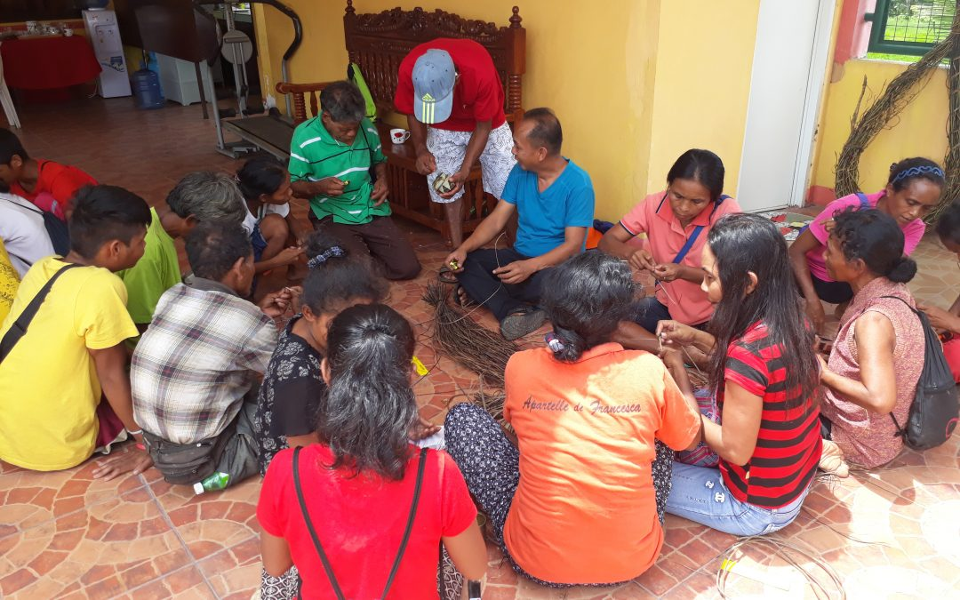 Handicraft Training for Stakeholders of Mt. Halcon